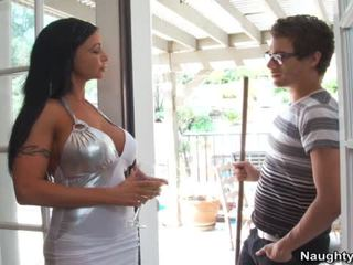 Jewels Jade Seduces Immature Stud With Big Cock