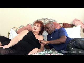 Babička receives bawdy cleft pounded podle velký černý kohout