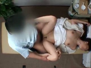 Mosaic; reluctant žmona seduced iki masseur