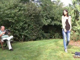 শ্যামাঙ্গিনী আদর্শ, তরুণ মজা, doggystyle দেখা