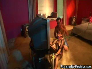 Holly wellin doing голям striptease в bdsm действие