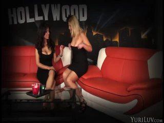 porno modellen, nominale pornoactrice gepost, nominale grote borsten vid