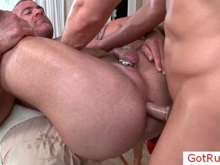 Massage pro với cockring fucked lược trong ass