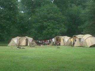 Suzie diamond dalam yang camping