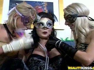Mask porn