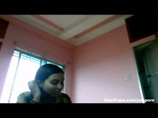 Индийски домашно секс видео на desi мадама roshnie с тя boyfriend сочни бомби sucked и духане секс