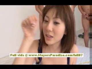 Yuma asami asiatiskapojke baben gives an fantastisk avsugning