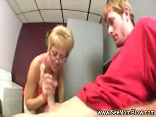 spaß tittyjob, frisch sperma im mund sehen, alle geknebelt überprüfen