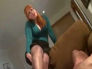 nominale gezicht zitten actie, plezier voet fetish kanaal, groot femdom