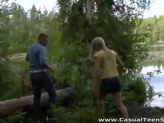 Casual jovem grávida sexo - hitchhiker fodido em o woods