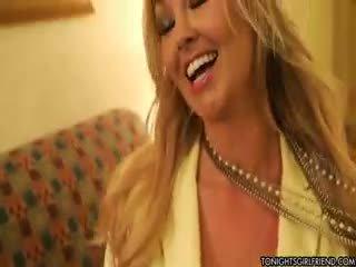 príťažlivé veľké prsia viac, príťažlivé nylon, čerstvý blondínka