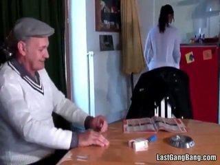 Mature français sult tries ado chatte