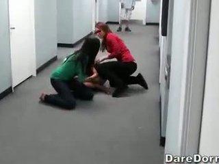 Rallig hochschule teenageralter rekord ihre wild sex party