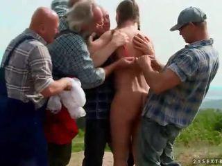 Extreem urineren groep seks