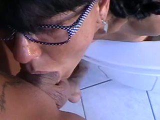 Lara Montana enjoys to puke on cock