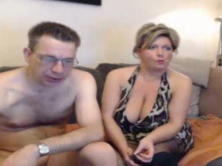 ร้อน แม่ และ ของพวกเขา boyfriend pt 2