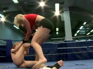 лесбийски секс, catfight, lesbian wrestling