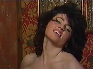 Hot Solo: Free Vintage Porn Video 2d