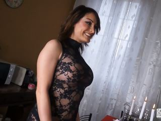 Castingallaitaliana - Squirting Babe During Anal in...