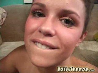 Katie thomas et la noir anaconda