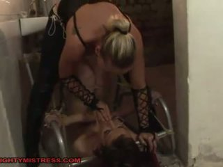 bdsm, heet hogtied tube, nominale lezdom