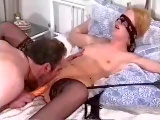 full blowjobs, nice sex toys, threesomes