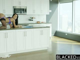 Blacked हज़्बेंड does न जानना वाइफ sabrina banks loves bbc