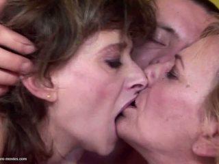참조 그룹 섹스 온라인으로, 가장 할머니 온라인으로, 온라인으로 성숙