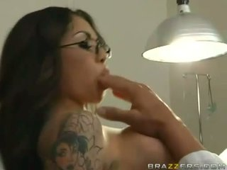 Adrenalynn recieves a fresh load of cum on her jus mouth