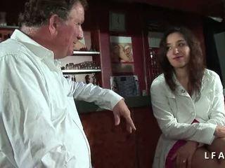 een neuken actie, vers dubbele penetratie film, vers anale sex neuken