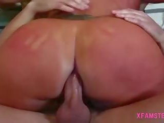 Nice Anal Fuck for Brave Petite Young Girl with Natural