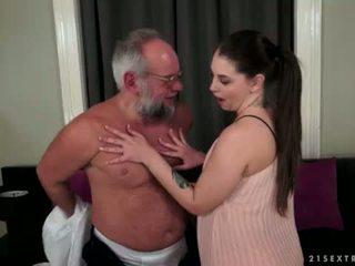 Angelina brill fucks an ηλικιωμένων gentleman