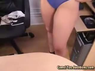 Bubbly whore annie is a newcomer at cameltoe auditions