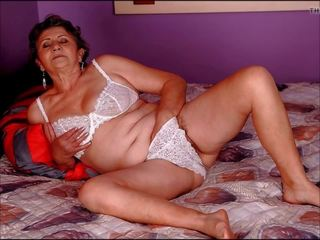Sie Muschi Licked Oma Gets Granny pussy