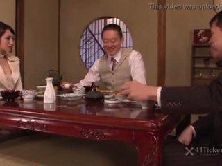 brunette film, japanse, zonder zadel video-