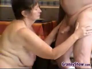 ideaal brunette neuken, grote borsten kanaal, oma