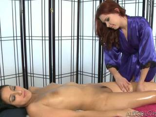 Melody uses a vibratorius giving kimberly gates a gilus patrinti