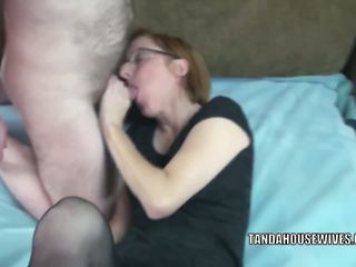 Slutty MILF Layla Redd is Getting Her Mature Pussy.