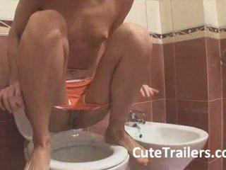 التبول أكثر, شاهد مرحاض أكثر, في سن المراهقة أنت