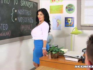 أن مفلس lusty الأسبانية معلم