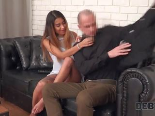 Shemale Danika Dreamz und mollige Schlampe Shanna Ryder bei Dreier mit Kerl