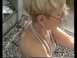 tummen skådespelerska naken