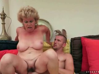 Naughty old bitch gets fucked rough