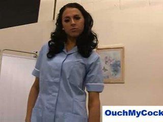 Mahalay nars louise jenson gives patient a harsh pagtatalik na pangkamay