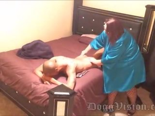 online kam, meest brunette tube, vol grote borsten scène