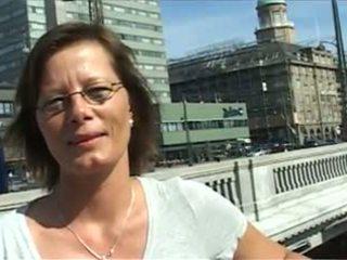 Lilje Skovturen: Free Mature Porn Video