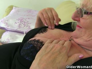 zien brits porno, grannies film, matures mov