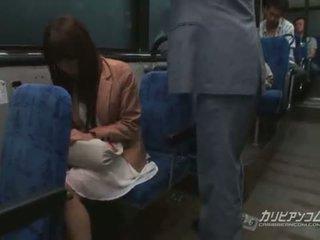 Chikan مارس الجنس في حافلة