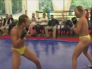 voorlegging, u topless film, catfight