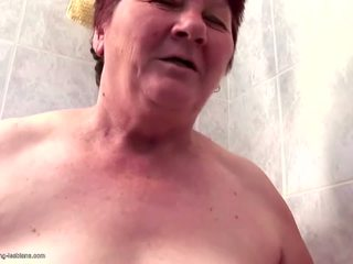 Hairy Granny Fucks Hairy Girls with Peeing: Free HD Porn e9